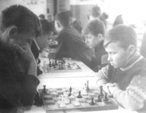 Е.Логинов и Ю.Зинченко играют за 7 А